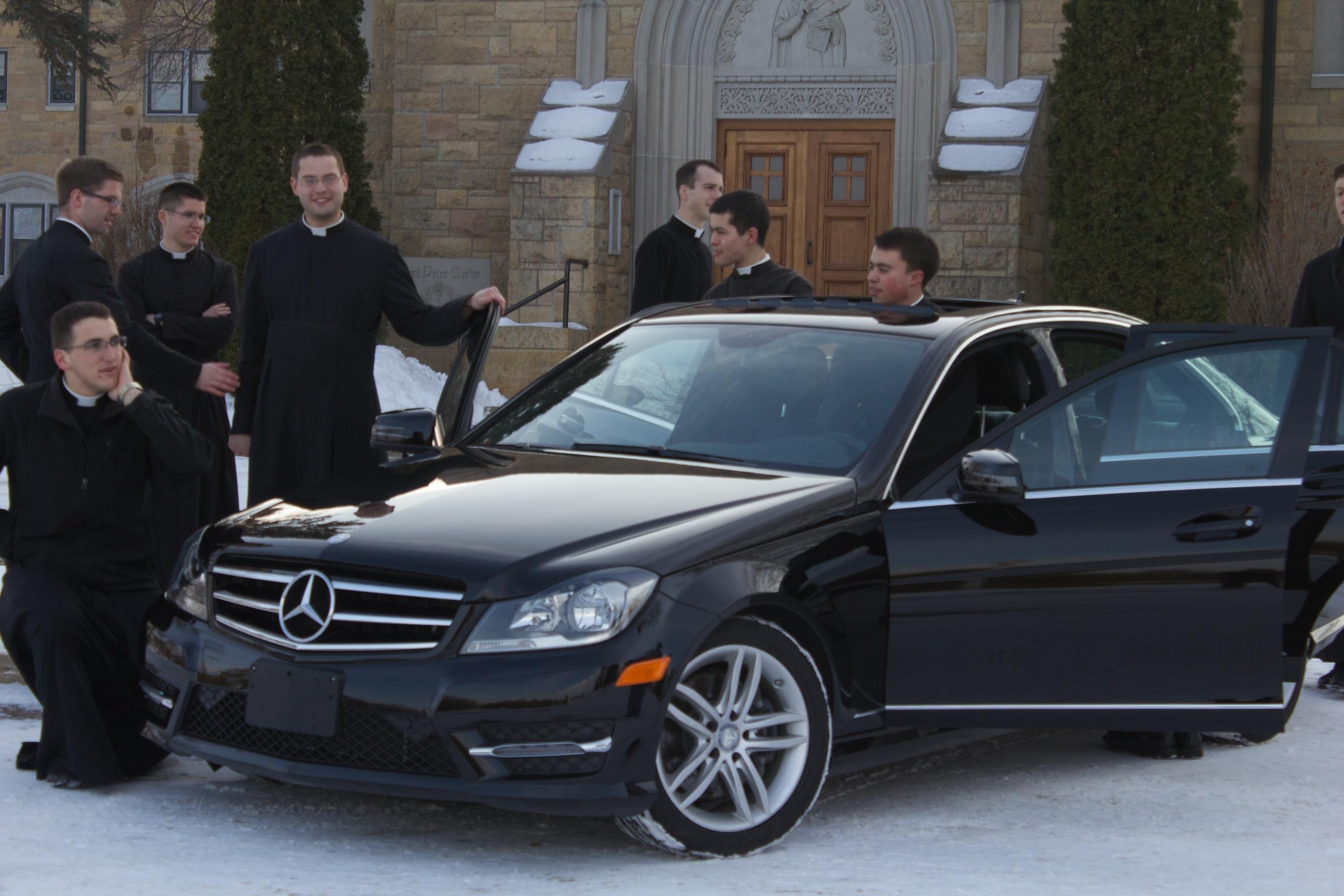 Mercedes C300 4matic >> Mercedes-Benz C300 4matic - St. Thomas Aquinas Seminary
